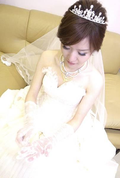 新娘秘書:Rita麗塔時尚髮妝造型