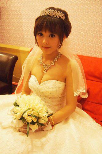 新娘造型-晚禮服_敬酒造型F075
