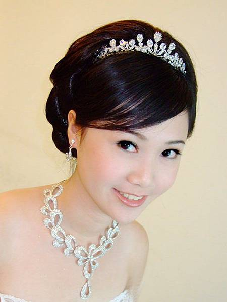 新娘秘書:Emma雅色新娘造型工作室