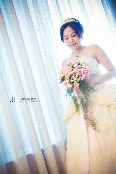 新娘造型-白紗_拍婚紗造型照片集E071