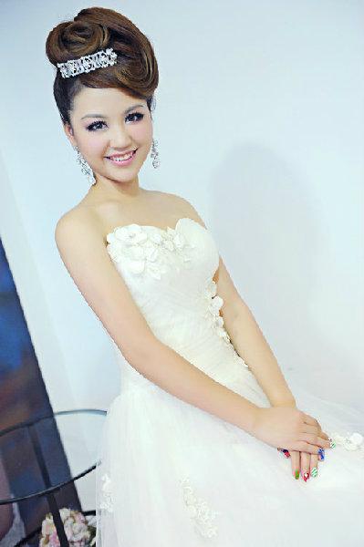 新娘造型-白紗_拍婚紗造型照片集E079