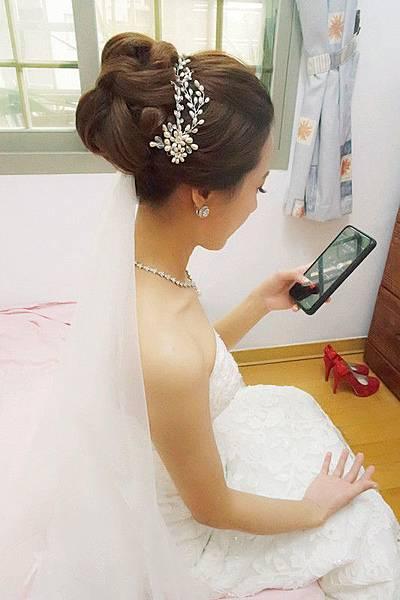 新娘秘書:薛依凡新娘秘書造型工作室