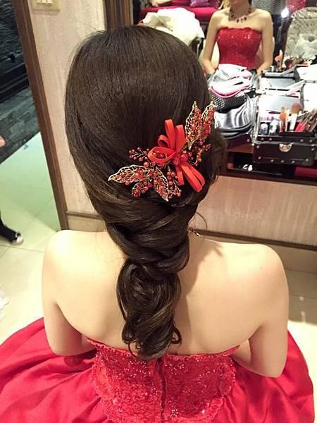 新娘秘書: 彤琳時尚新娘秘書