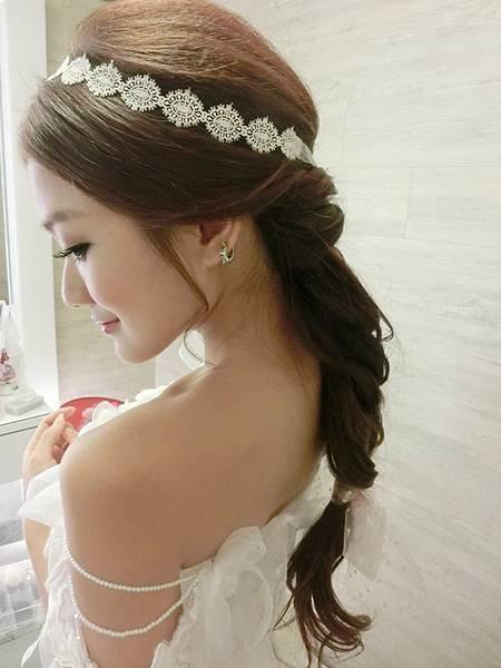 新娘造型:津彤darlin