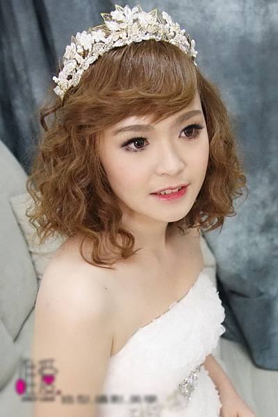 浪漫捲髮-新娘造型.jpg