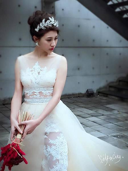 艾薇新祕-白紗造型.jpg