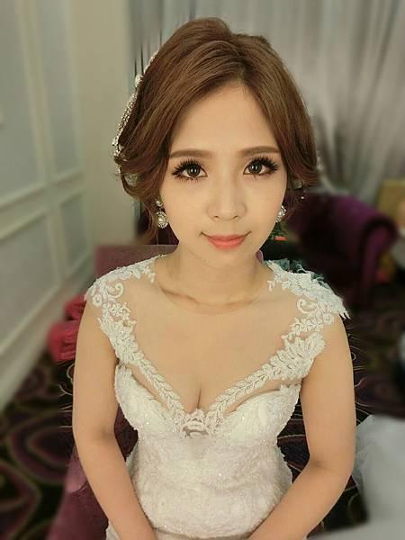 辛蒂愛麗絲-氣質新娘造型