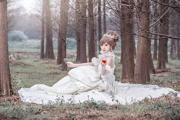 辛蒂愛麗絲-童話公主新娘妝.jpg
