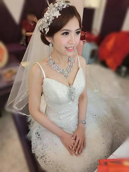 辛蒂愛麗絲-華麗風新娘造型.jpg