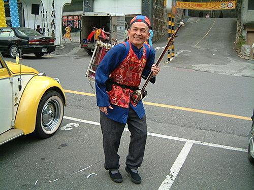 【易特商務網】簡專員,古董車出租