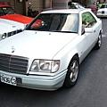 『易特商務網古董車出租』中華賓士 1992.3年w124 320 CE 雙門經典跑車 (2).JPG