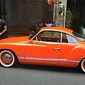 易特商務網古董車出租1966年 Karmannghia卡門福斯古董車 前往『台北華山藝文中心』拍攝 (古董車出租)