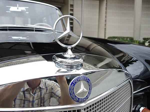 賓士古董車出租1966年 BENZ  (50).JPG