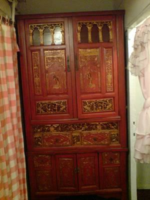 cabinet .jpg