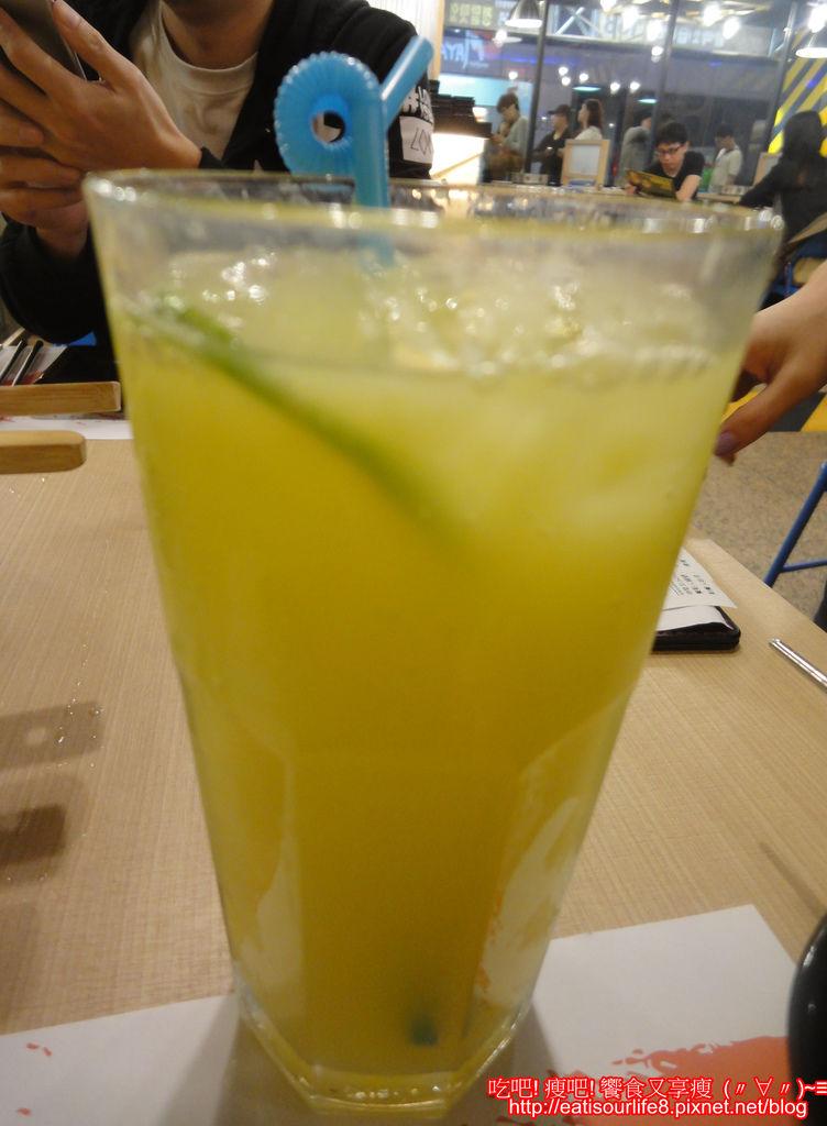 柳橙百香可爾必思.JPG