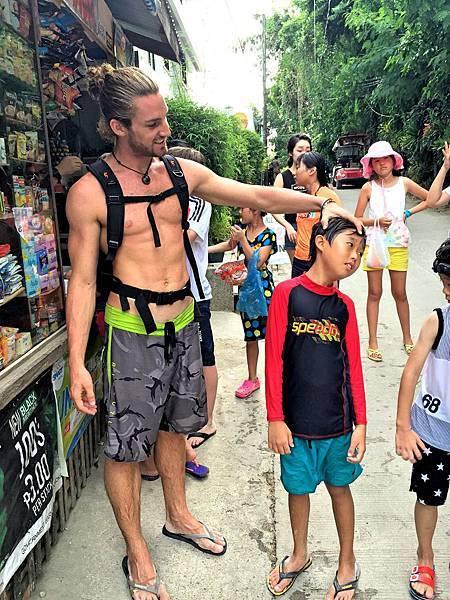 長灘島PE語言學校營隊夏令營冬令營
