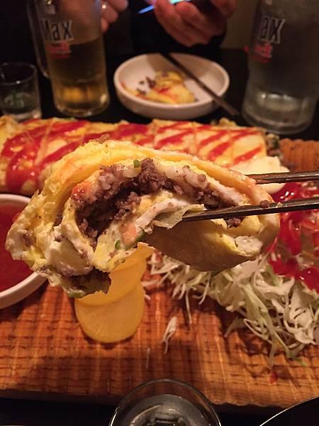 【韓國首爾喝酒推薦】燒酒配69cm超大蛋捲居酒屋악바리