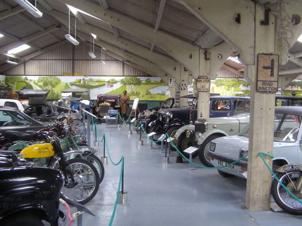bentley-wildfowl-and-motor-museum-bentleymm---0-2_700_0
