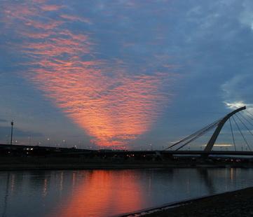 黃昏大直橋