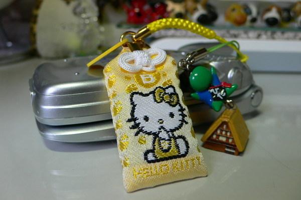 kitty &sarubobo 電話繩