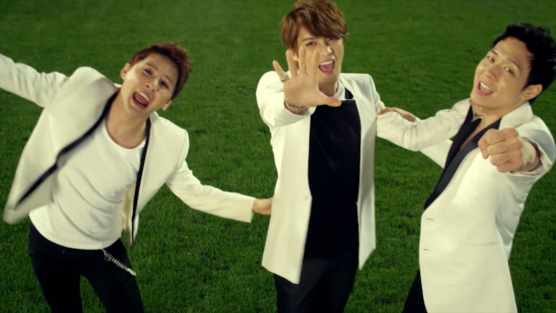 2014_Incheon_Asiad_song_Only_One_MV_by_JYJ.mp4_snapshot_00.28_[2013.09.03_12.26.25]