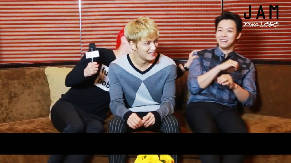 [中字]140829 JYJ - JAM Interview in Vietnam.avi_snapshot_04.21_[2014.09.01_12.26.49].jpg