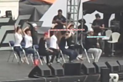 [bool funny] JYJ rehearsal in VietNam - Back Seat.mp4_snapshot_00.21_[2014.09.05_11.19.49].jpg