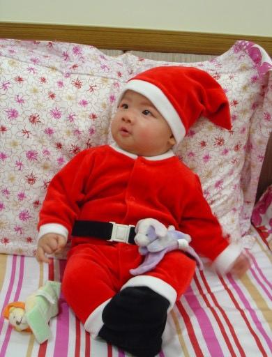 Eric in Santa Suit (2006 Xmas)