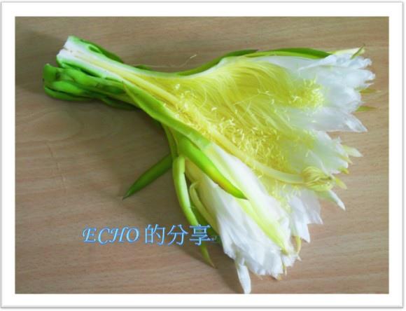 火龍果花炒肉絲-2