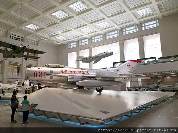 IMG_20200901_102629 中國造殲-6殲擊機.jpg