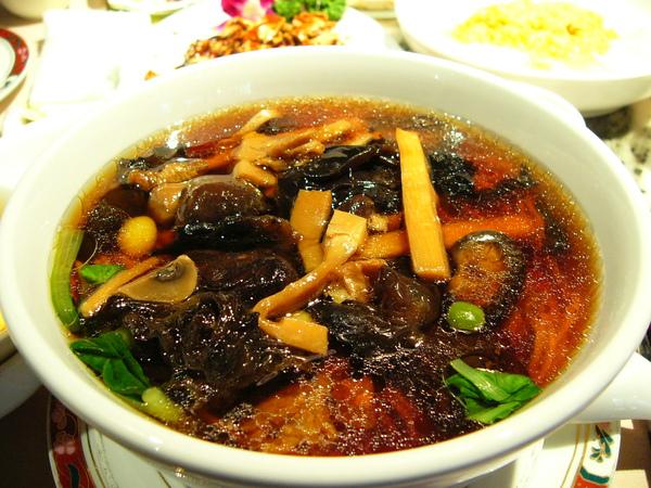 上海功德林餐廳-什錦麵.JPG