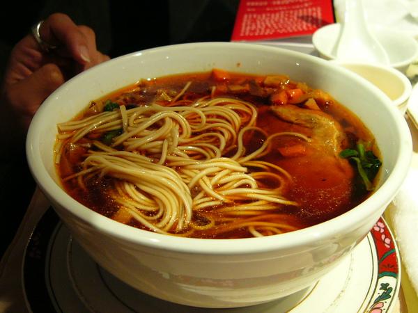上海功德林餐廳-辣醬麵.JPG