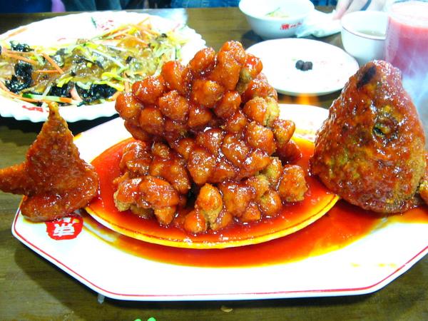 上海東北人餐廳-火龍魚2.JPG