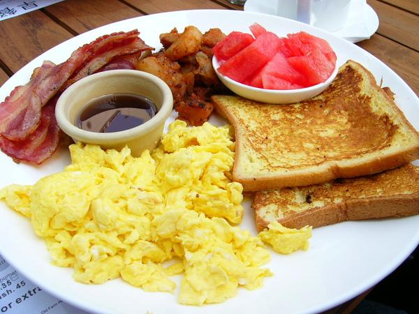上海新元素餐廳-吐司早餐.JPG