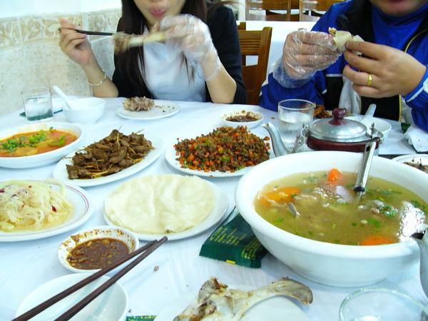 上海新疆風味餐廳-1.JPG