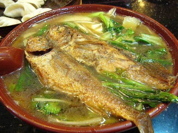 黃魚煨麵1.JPG