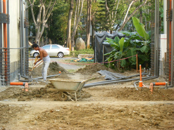 地坪水電作業-整地1