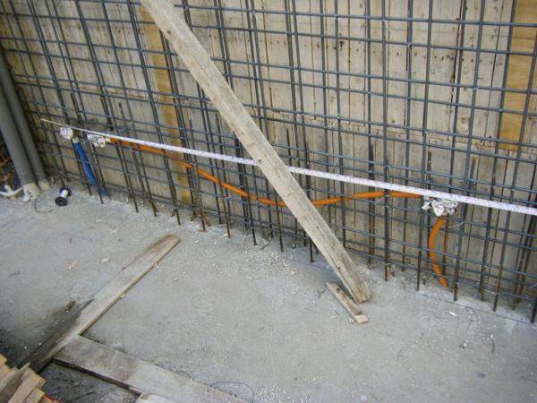 11.25一樓牆壁配管-孝親房1