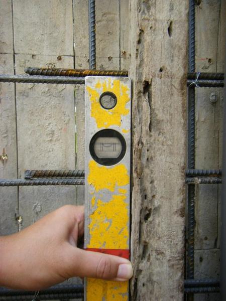 11.28一樓模板封內模-垂直性3