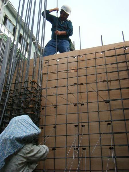 11.28一樓模板封內模-夾板模3