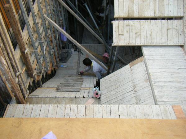11.30-2-一樓樓梯13