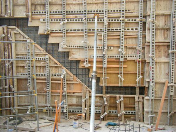 11.30-2-一樓樓梯01