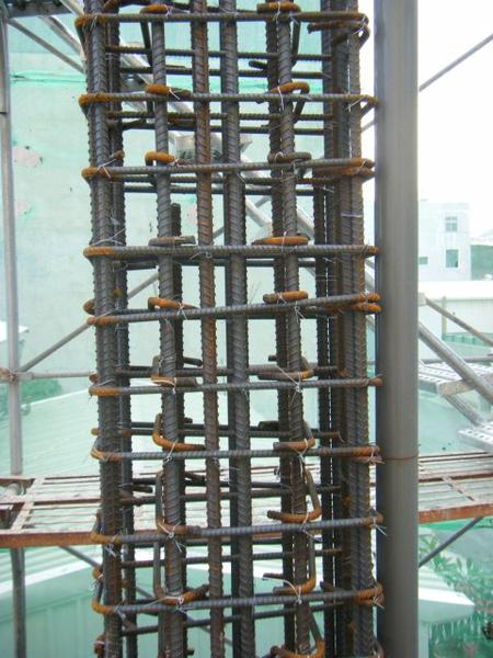 091217-一樓頂板養護5.6及二樓柱鋼筋13