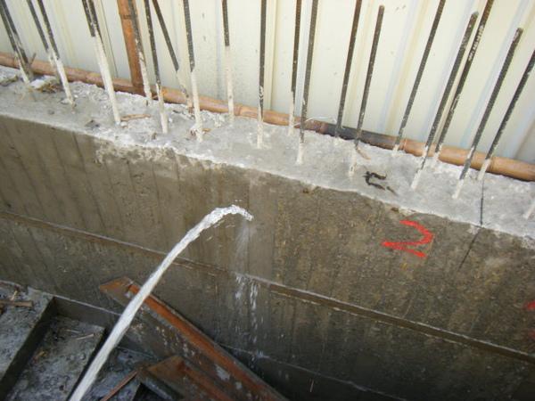 091217-一樓頂板養護5.6及二樓柱鋼筋15