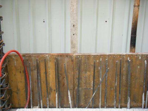091218-一樓頂板養護7及二樓外模組立10
