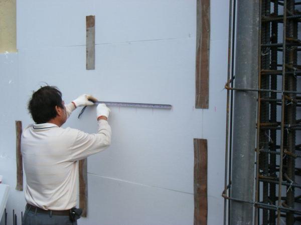 091219二樓牆筋綁紮及水電配管14