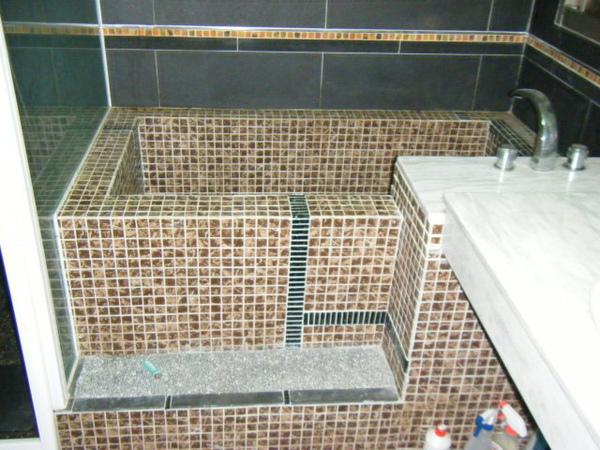 091227-二樓單面模斜支撐及水電放樣01