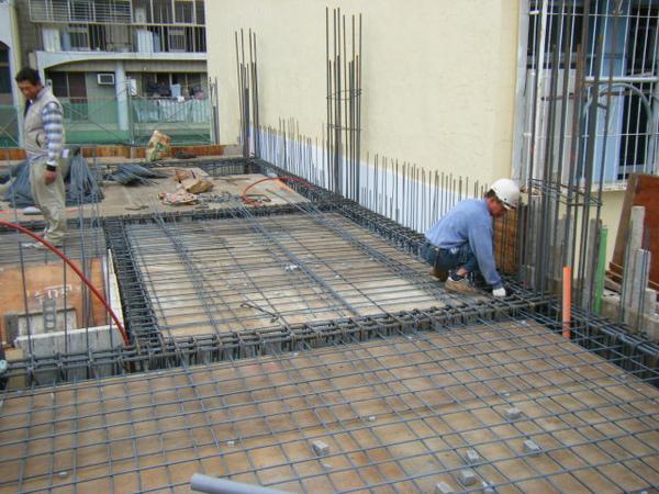 091228-二樓頂板鋼筋及水電作業09