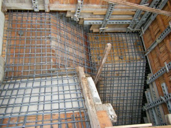 091228-二樓頂板鋼筋及水電作業16