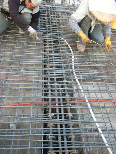 091228-二樓頂板鋼筋及水電作業30